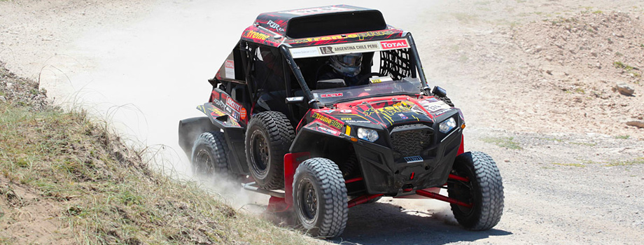 polaris rzr xp 900 wins two classes at dakar rally. Black Bedroom Furniture Sets. Home Design Ideas